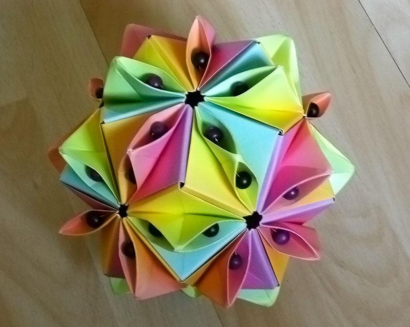 Origami beads